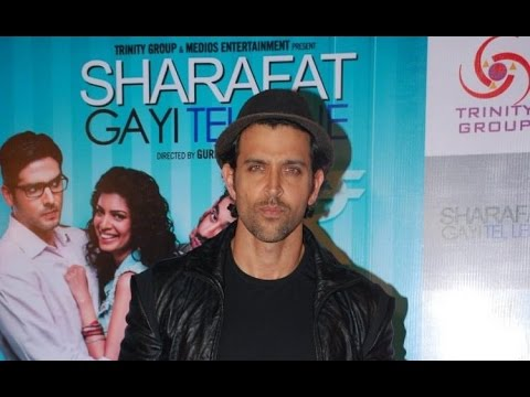 Hrithik Roshan At Sharafat Gayi Tel Lene Screening