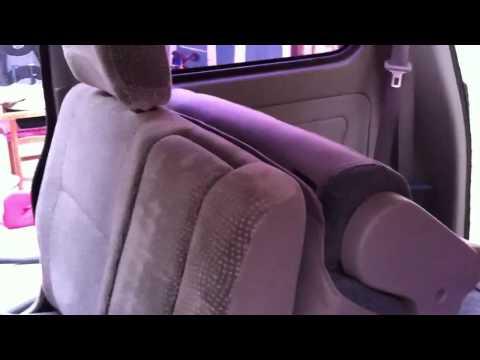 Explore the Suzuki APV from inside