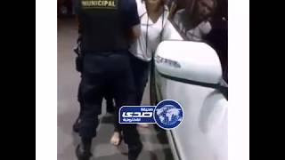 شاهد .. فكها العسكري بس المقرود مقرود