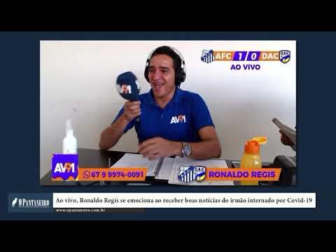 Ao vivo, Ronaldo Regis se emociona ao receber boas notícias do irmão internado por Covid 19