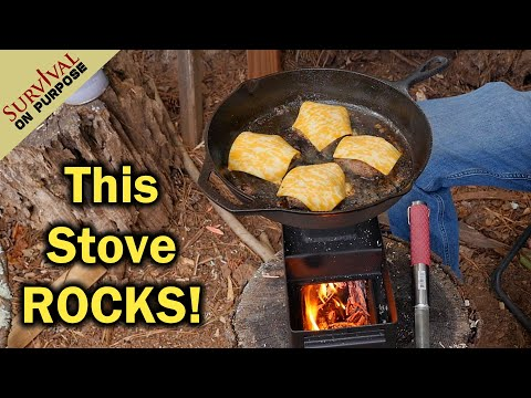Minuteman Rocket Stove Cooking - Cheeseburgers In A Cast Iron Pan