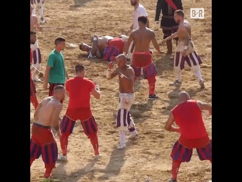 Football Meets 'Game of Thrones' in This Ancient Italian Sport