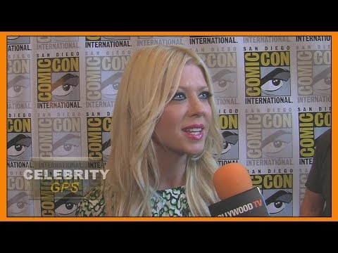 TARA REID denies getting KICKED off Delta Flight - Hollywood TV