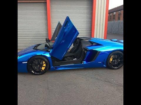 Lamborghini Aventador wrapped Chrome Blue