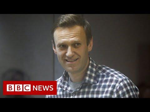 Russia moves ailing Putin critic Navalny to prison hospital - BBC News