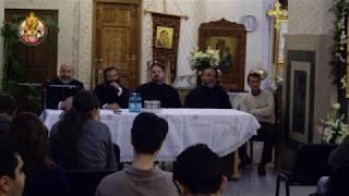 pr. Nicolae Tanase de la Valea Plopului, la Biserica Serban Voda in anul 2010, de vorba cu tinerii