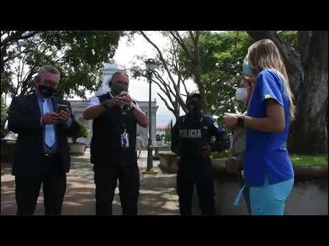 Tibás se unió contra el maltrato animal y firmó un convenio con SENASA