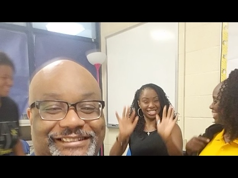 Dr Boyce Visits An Elementary School In Atlanta -  KindezI