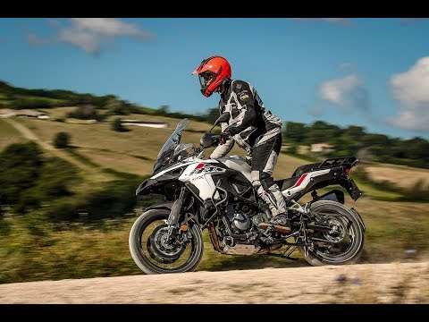 Motosx1000: Test Benelli TRK 502X