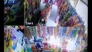 Dos delincuentes captados robando en Santa Catarina Mita