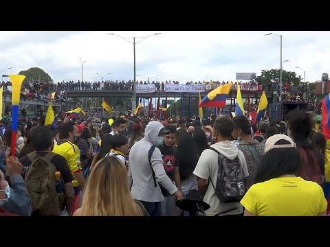 Kolombiya'da öğrenciler hükümet karşıtı gösterileri sürdürüyor