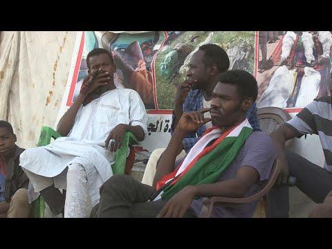 نازحو دارفور يروون قصصهم المرعبة في اعتصام الخرطوم