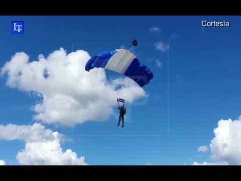 Paracaidistas listos para ofrecer mañana un verdadero espectáculo aéreo