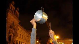 Cacerolazo: la ruidosa, organizada y contundente modalidad de protesta que se escuchará este domingo