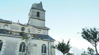 France: le clocher de l'église de Saint-Nicolas de Bourgueil arraché par une tornade   AFP