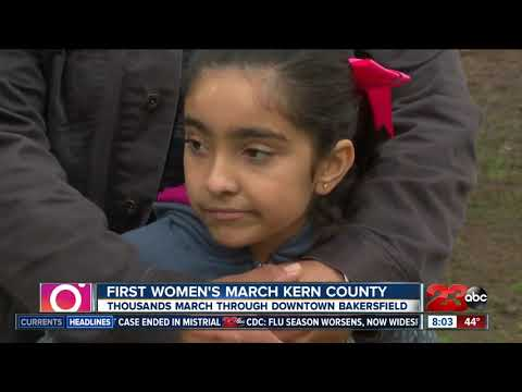 Thousands flood downtown Bakersfield streets for Women's March Kern County