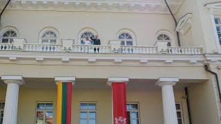 Prezidentas dalyvauja Prezidento rūmų perdavimo ceremonijoje