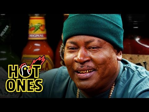 Trick Daddy Prays for Help While Eating Spicy Wings   Hot Ones