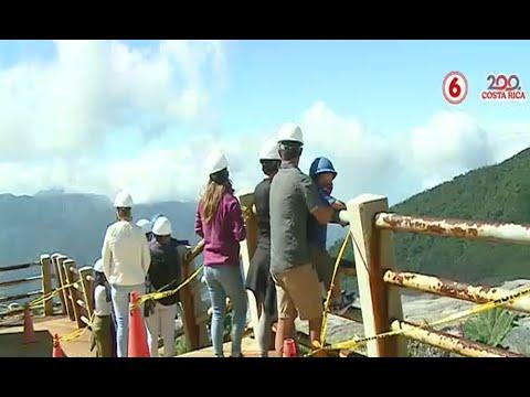 49 personas sorprendidas en áreas prohibidas del volcán Poás