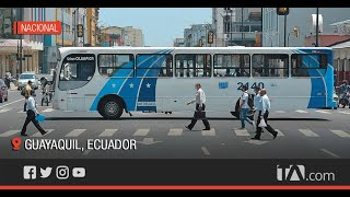 Gran movimiento vehicular se observa en las principales calles de Guayaquil -Teleamazonas