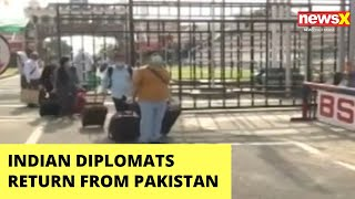 Indian Diplomates & families return from Pakistan via Atari-Wagah border | NewsX - NEWSXLIVE