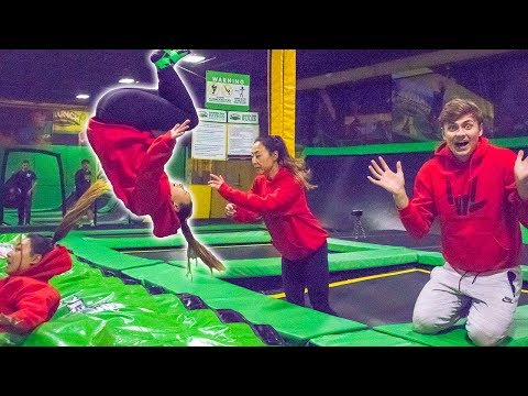 connectYoutube - TEACHING HER TO FRONT FLIP!! (TRAMPOLINE TRICKS)