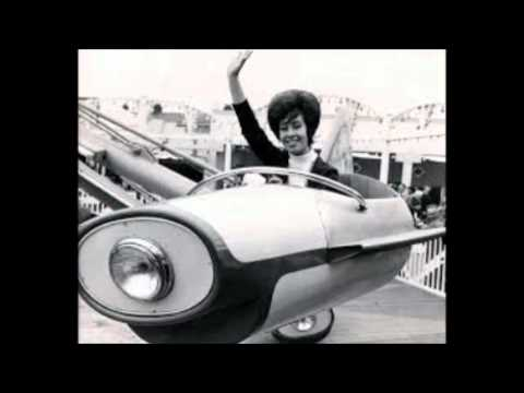 connectYoutube - Helen Shapiro