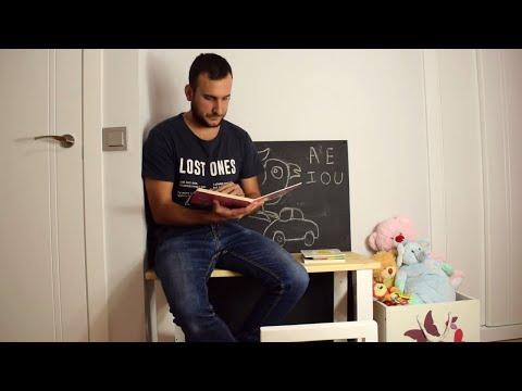 Cómo hacer una mesa y silla de escritorio montessori – LEROY MERLIN