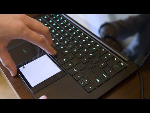 Razer's Project Linda laptop dock first look