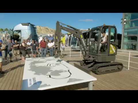 Excavator Challenge at the Volvo Ocean Race