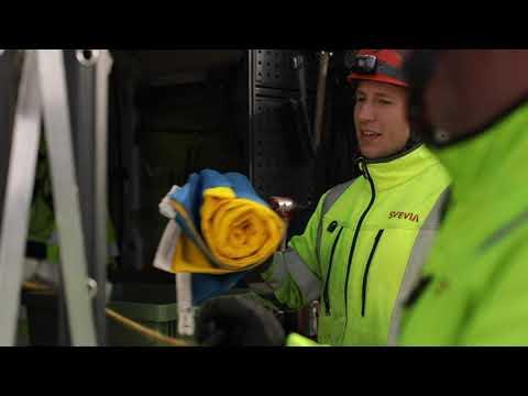 Svevia hissar svenska flaggan i hjärtat av Stockholm
