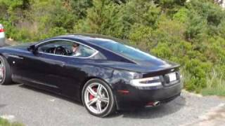 Aston Martin DB9 Purrs