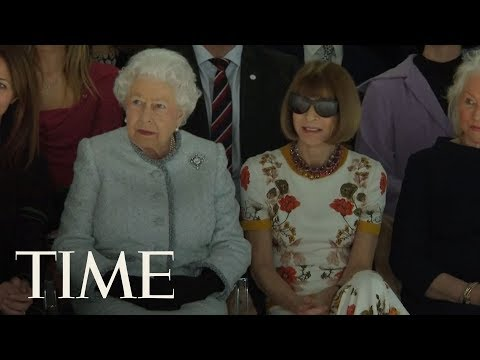connectYoutube - The Queen Of England Just Took Her Rightful Seat At The Front Row Of London Fashion Week | TIME