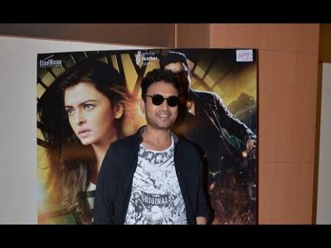 Irrfan Khan Promotes 'Jazbaa'