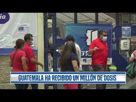 """""""Esto es un relajo"""": Recorren centros de vacunación buscando dosis contra el coronavirus"""