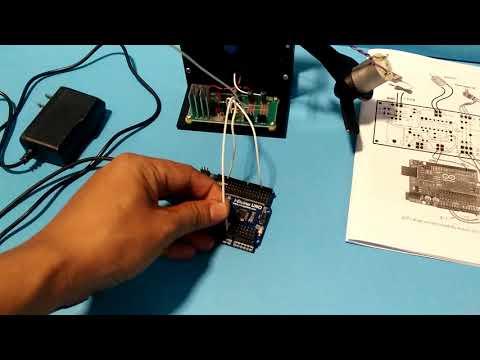 การต่อสายสัญญาณจากบอร์ด Arduino เข้ากับชุดทดลอง (VR)