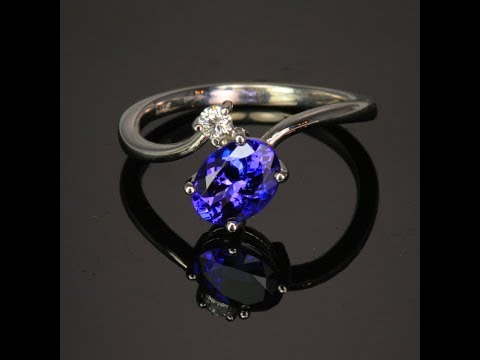14K White Gold Oval Tanzanite Ring 1.34 Carats