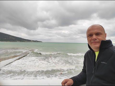 Шторм на Черном море / Купание ЗАПРЕЩЕНО / Пустые пляжи Кабардинки