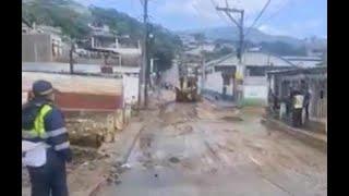 Presidente Giammattei sobre los estrados por las lluvias