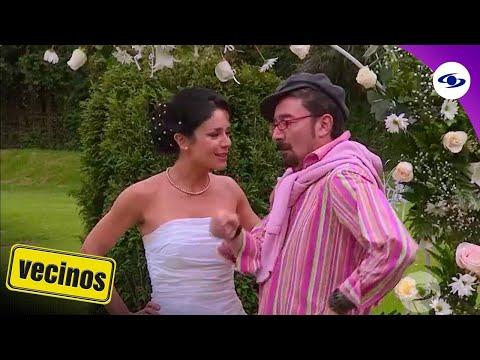 Vecinos: Frank le recomienda a Tatiana quitarse las energías negativas - Caracol TV