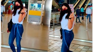 Actress Rashmika Mandanna Visuals @ Hyderabad Airport | Telugu Actress Airport Videos - TFPC
