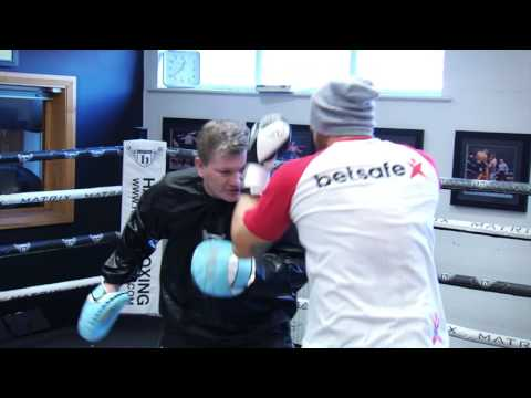 Ricky Hatton Boxing Masterclass with UFC fighters
