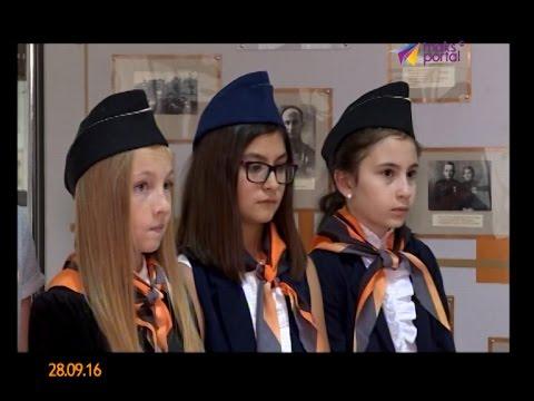 Шестиклассники проводят экскурсии в музее Красной Поляны