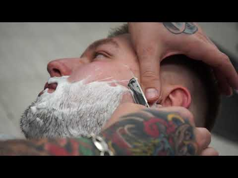 Full Beard Shave Straight Razor Shave Barber Shaves Beard Off photo