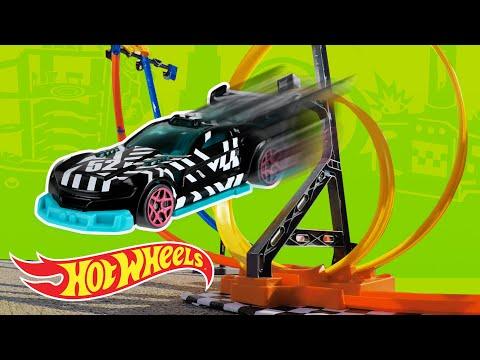 Hot Wheels Vertical Launch Challenge! | Hot Wheels Unlimited | Hot Wheels
