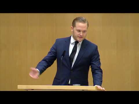 "Henrik Vinge: ""I Sverige ska svenska villkor gälla"""