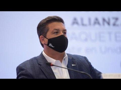 ESPARCEN RUMORES SOBRE CABEZA DE VACA CEDIENDO ANTE AMLO EN PALACIO NACIONAL