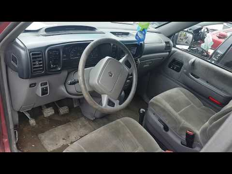 Chrysler Voyager 1994 m dalys