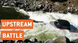 Jet Boat Powers Upstream | Boat Battle