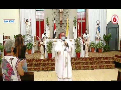 Padre Valverde recrea la canción Sopa de Caracol con letra sobre la pandemia